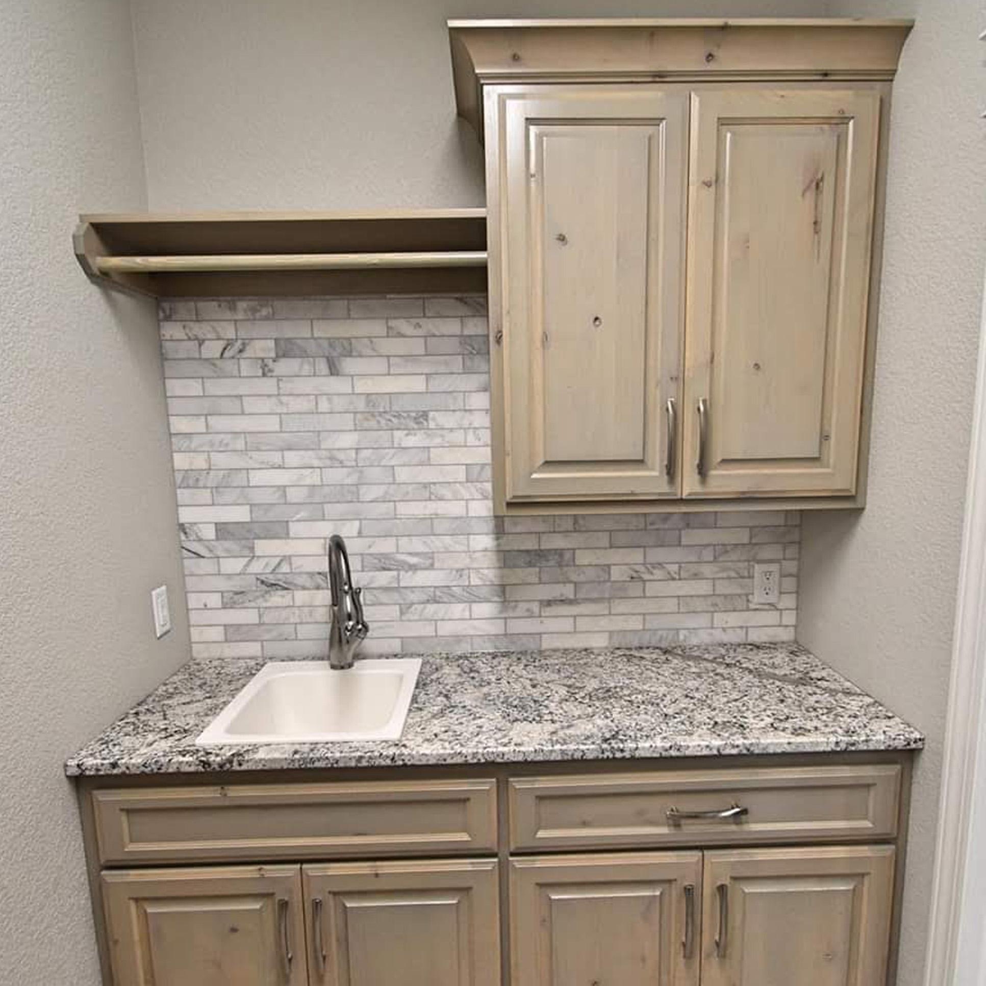 Custom Cabinets - Woodcraft Unlimited Inc.